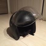 バイク界で微妙なカテゴリーであるvespaGTS250に似合うヘルメットとは。。。